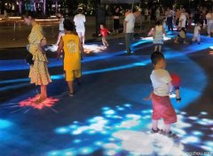 北湖公园阳光广场LED互动地砖屏项目完成调试