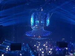 酒吧舞台LED透明屏与led互动地砖屏打造更有竞争力的应用场景