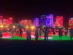 LED地砖屏为舞台创造更加美轮美奂的光影效果