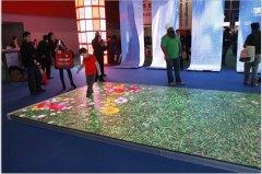 LED地砖屏生产厂家新产品突破口,为客户带来更多场景体验
