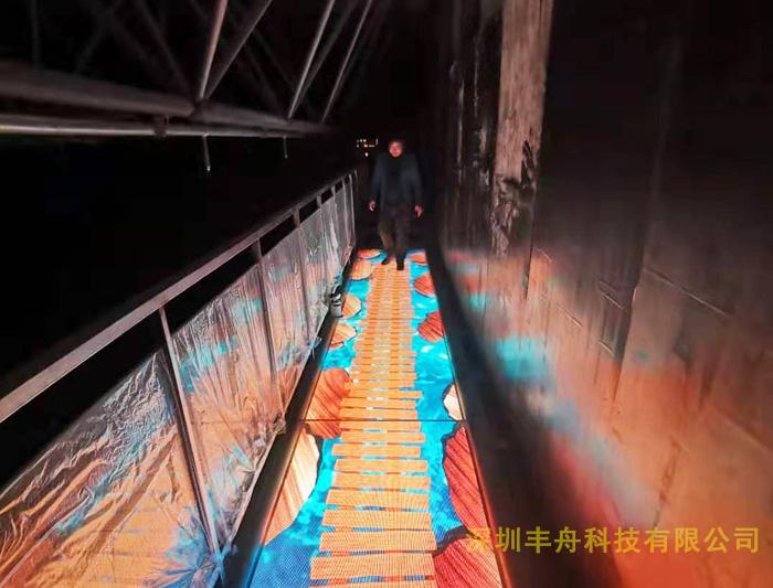 LED玻璃栈道特效屏辽宁景区项目